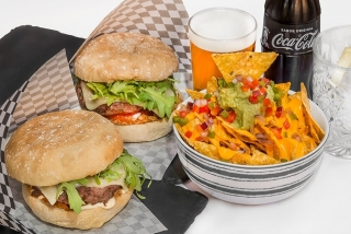 Jou's Restaurant: Menú TriaTapes Burger